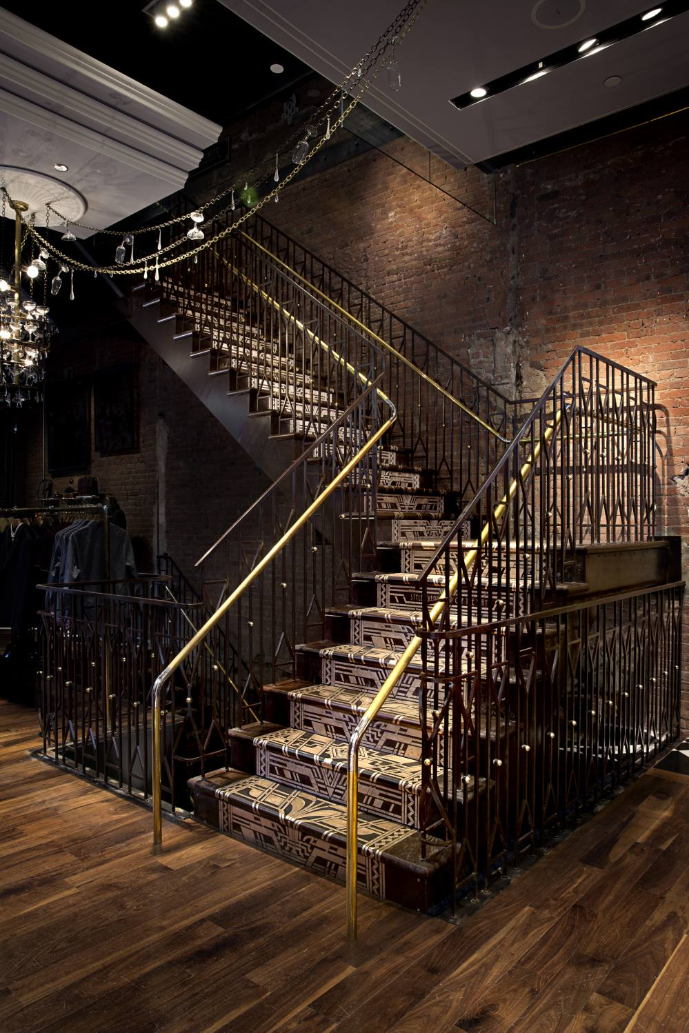 ad82fa41e60561 Case Study  48921  Bronze Filigree Staircase Client  Mackenzie Keck  Construction Design  TTMG International + Ted Baker Location  Ted Baker –  New York